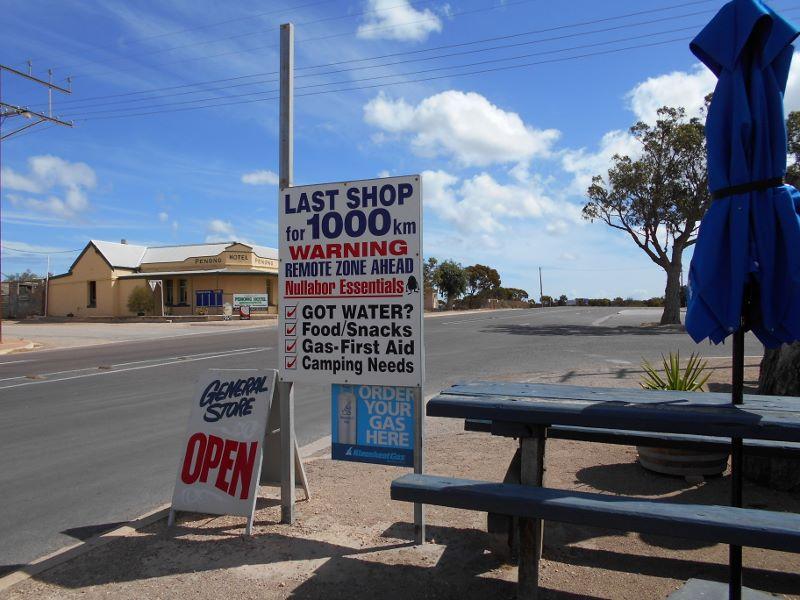 Pomiędzy Adelaide i Perth - foto Stan Guzinski