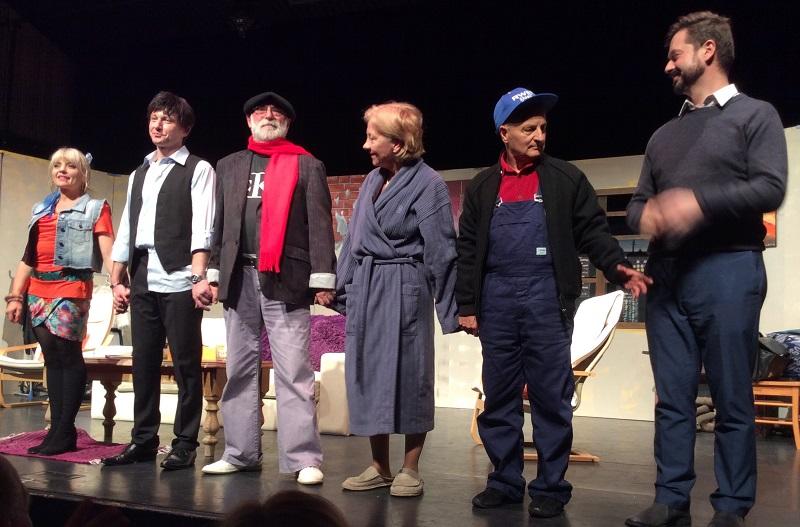 teatr-stary-adelaide-przez-park-na-bosaka-1-foto-krzysztof-deja
